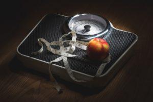 Glukosintolerans innebär att kroppen är sämre på att reglera blodsockret, så till vida att det har en tendens att bli för högt. Glukosintolerans har många likheter med typ 2 diabetes; faktum är att många med glukosintolerans utvecklare diabetes typ 2 senare.
